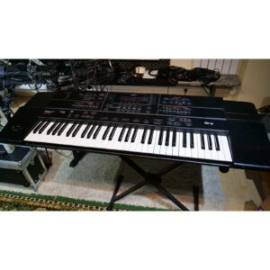 Roland G600 1 carre