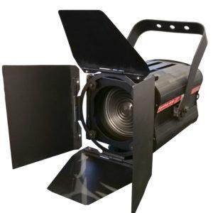 Forma F650 : projecteur à lentille Fresnel