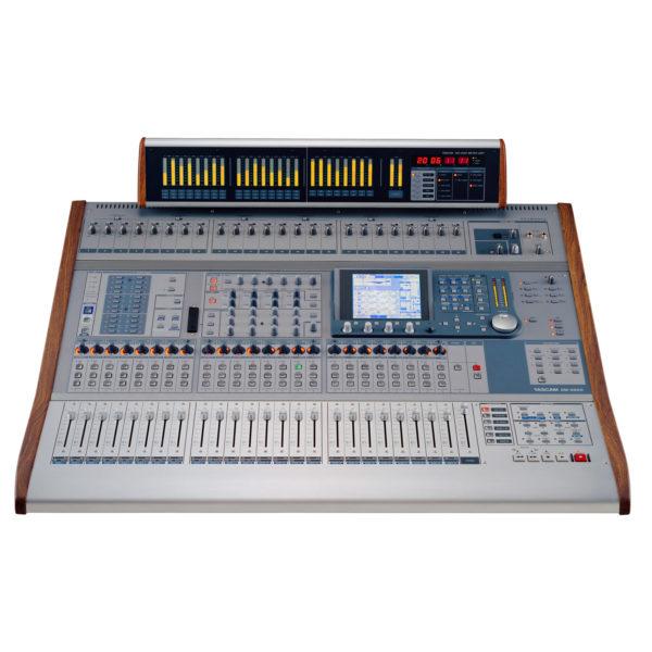 Console de mixage numérique Tascam DM4800